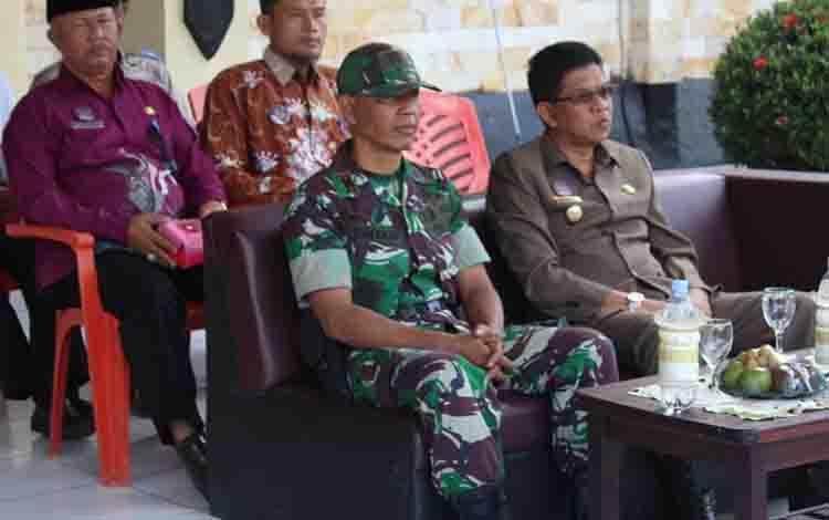 Wakil Bupati Sukamara, Ahmadi menghadiri apel gelar pasukan Operasi Patuh Telabang, Kamis, 29 Agustus 2019