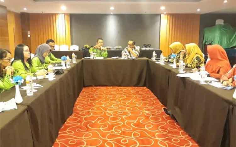 Pertemuan antara Pemkab Kotawaringin Timur dan AGC terkait kerja sama pembangunan pertambangan emas skala kecil
