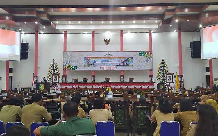 Rapat Paripurna pembentukan fraksi pendukung DPRD Kota Palangka Raya, Senin, 2 September 2019.