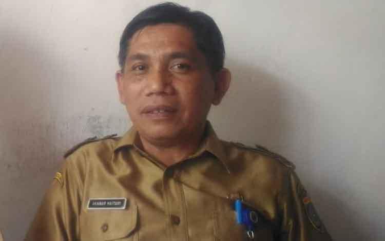 Sekretaris DSPMD Barsel Haitami. Ia menyebutkan bahwa penyelenggaraan pilkades serentak di Kabupaten Barito Selatan terancam ditunda lantaran tidak diperbolehkan menggunakan APBDes.