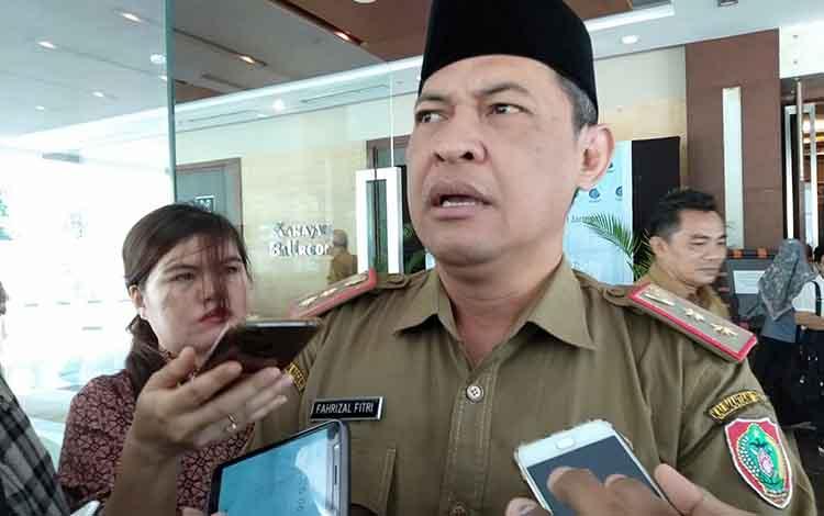 Sekda Kalteng Fahrizal Fitri menjelaskan bahwa Kalteng masih status siaga darurat karhutla, Selasa, 3 September 2019.
