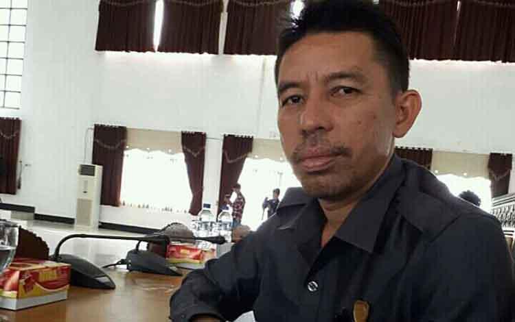 Anggota DPRD Kabupaten Seruyan M Aswin, mendukung pelaksanaan Gerakan Masyarakat Hidup Sehat atau Germas mulai dari tingkat sekolah dasar atau SD.