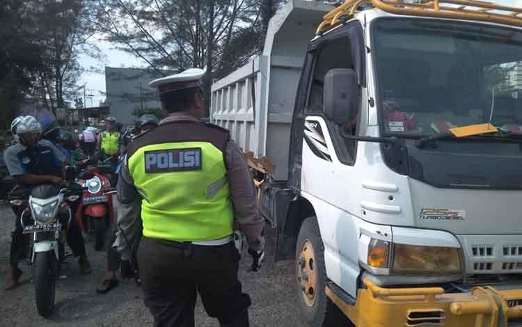 Hari Ke- 6 Operasi Patuh Telabang, Polisi Tilang 490 Pelanggar Lalu Lintas, di Pangkalan Bun, Selasa, 3 September 2019.