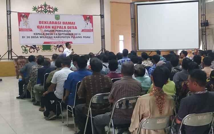 Deklarasi calon Kades di Pulang Pisau. Sementara itu PT MKM memberikan kesempatan bagi karyawan untuk memilih saat pelaksaaan Pilkades