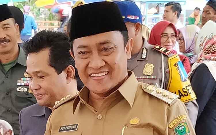 Bupati Pulang Pisau, H Edy Pratowo meminta masyarakat mewaspadai penyalahgunaan narkoba.