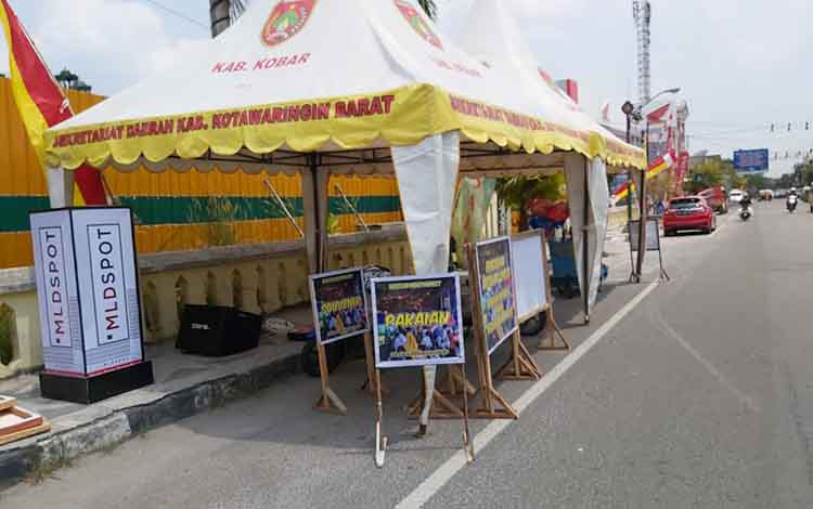 Stan Begoyap Night Market sudah siap. Sore ini Bupati Kotawaringin Barat akan membuka Begoyap Night Market di Kelurahan Raja