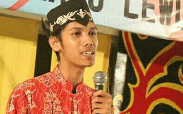 Ketua Umum Himpunan Pelajar Mahasiswa Kalteng Tovan Dwi Pratama menyebut kasus pengeroyokan mahasiswa Kalteng di Yogyakarta diduga salah sasaran.