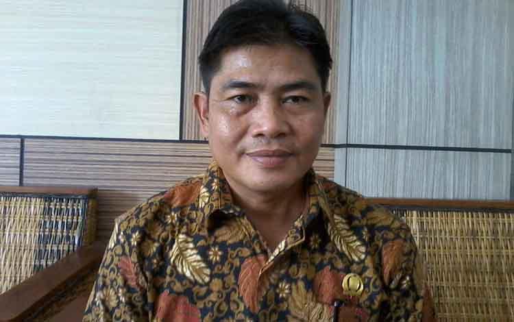 Nanang Suriansyah yang kini menjabat wakil ketua sementara DPRD Katingan mengaku siap menjabat wakil ketua I DPRD jika dipercaya DPP Golkar.