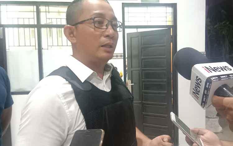 Kapolsek Pahandut Edie Sutaata saat meminta warga Kota Palangka Raya, terutama para orang tua untuk menjaga anak jika bepergian,  Senin 9 September 2019.