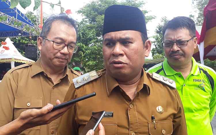 Wakil Bupati Ahmadi Riansyah menyebut kabut asap akibat kebakaran hutan dan lahan atau karhutla di Kabupaten Kotawaringin Barat atau Kobar masih dapat ditoleransi.
