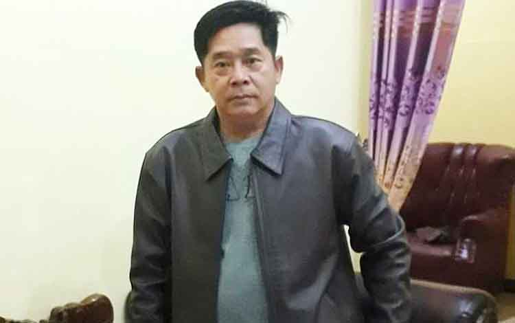 Anggota DPRD Barito Utara, Edi Fran Aji, meminta pemkab memberikan solusi kepada masyarakat terkait larangan membakar lahan.