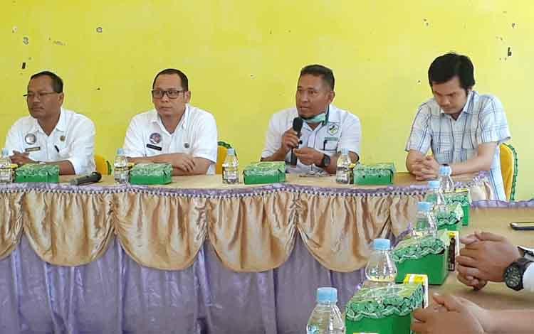 Kabid Pendendalian dan Pencegahan Penyakit (P2P) pada Dinas Kesehatan Kabupaten Sukamara, Achmad Yani mengatakanpemeriksaan penyakit sifilis bagi ibu hamil terbatas