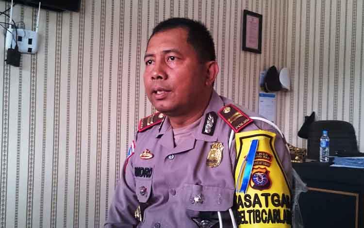 Kasatlantas Polres Gunung Mas, Iptu Rachmat Endro, mengatakan pihaknya menindak 300 pelanggar selama Operasi Patuh Telabang 2019.