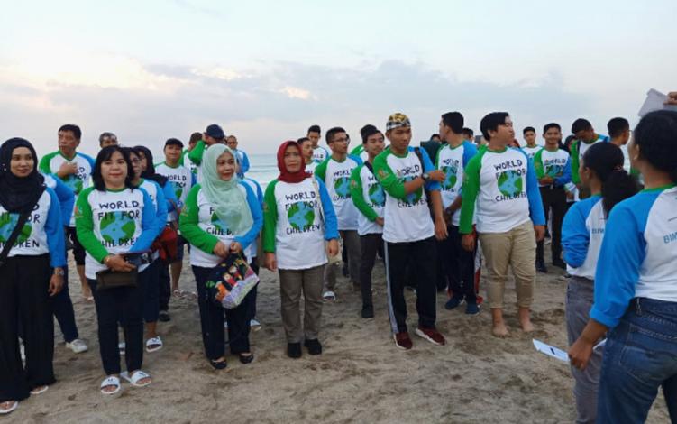 Pemerintah Provinsi Kalimantan Tengah yang diwakili jajaran Dinas Pemberdayaan Perempuan Perlindungan Anak Pengendalian Penduduk dan Keluarga Berencana atau DP3APP-KB mengikuti pelatihan partisipasi anak dalam perencanaan pembangunan di Provinsi Bali.