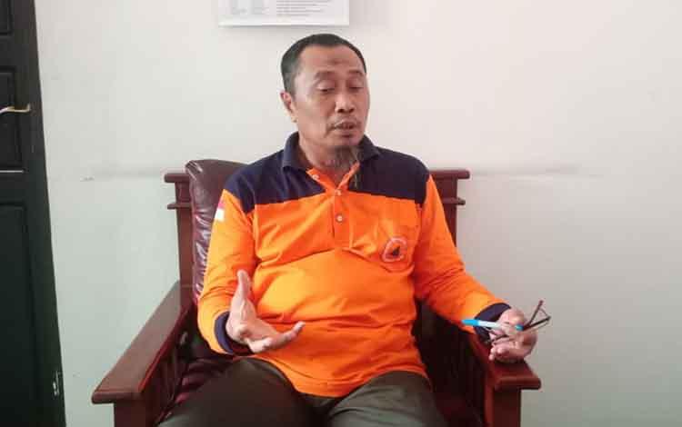 Plt Kepala BPBD Kota Palangka Raya, Supriyanto menegaskan ada penetapan status dari siaga darurat karhutla menjadi tanggap darurat karhurla, Selasa, 17 September 2019.