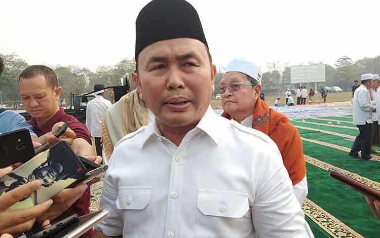 Gubernur Kalteng Sugianto Sabran menegaskan tidak perlu saling menyalahkan dalam menanggulangi Karhutla, Rabu, 18 September 2019.