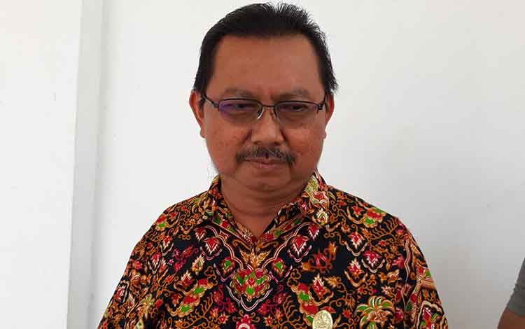 Anggota DPRD Kapuas Rosihan Anwar mengingatkan masyarakat untuk mewaspadai penyakit ISPA dampak kabut asap akibat kebakaran hutan dan lahan.