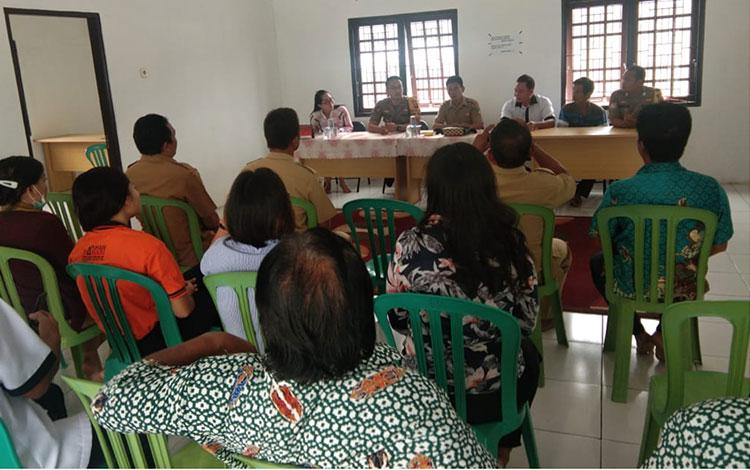 Polres Pulang Pisau menyatakan kabar kematian belasan warga Desa Lawang Uru Kec. Banama Tingang Kab.