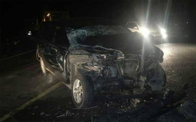 Kondisi mobil dinas Kesbangpol yang mengalami kecelakaan di Pulang Pisau, Kamis 18 September 2019. Akibat insiden ini 2 ASN Kesbangpol Kotim mengalami luka sehingga harus dirawat di RSUD Pulang Pisau