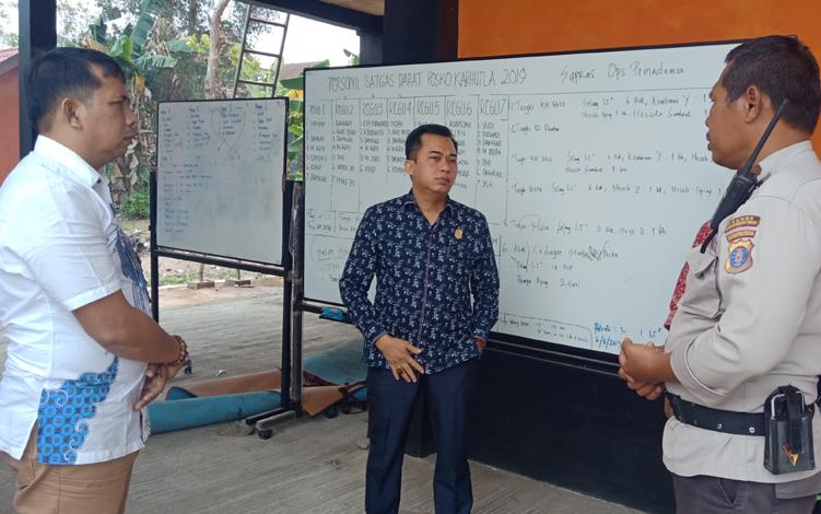 Sejumlah anggota DPRD Kabupaten Kotawaringin Timur melakukan inspeksi mendadak ke Posko Kebakaran Hutan dan Lahan atau Karhutla di kantor BPBD Kotim, Kamis, 19 September 2019.