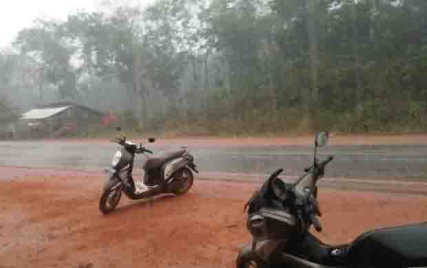 Hujan deras sempat mengguyur wilayah Kecamatan Cempaga, Kabupaten Kotawaringin Timur, Jumat, 20 September 2019. Salah satunya di Desa Patai.