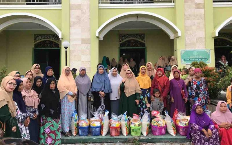 Majelis taklim An Nuriyah Citra Borneo Indah (CBI) Group menggelar acara spesial di bulan muharram. Yakni, silaturahmi dan berbagi kepada kaum dhuafa yang membutuhkan, Sabtu, 21 September 2019.
