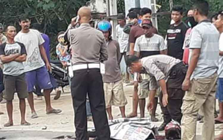 Dosen Universitas Palangka Raya I Nyoman Sugiana terlibat dalam kecelakaan maut di Km 29 Jalan Tjilik Riwut, Kelurahan Tumbang Tahai, Senin 23 September 2019. Dalam peristiwa itu, pelajar SMK di Palangka Raya tewas.