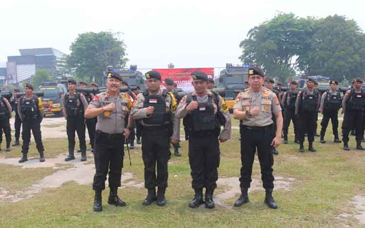 Eskalasi keamanan di Ibu Kota meningkat, Polda Kalteng kirimkan ratusan personel ke Polda Metro Jaya, Rabu 25 September 2019.