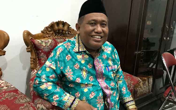 Sekretaris DPRD Kapuas, Hidayatullah, mengatakan unsur pimpinan definitif DPRD akan dilantik, Jumat besok.