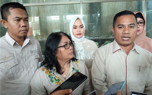 Ketua Tim Penjaringan Kuwu Senilawati didampingi SekretarisJainudin Karim menyampaikan, sebanyak 17 orang resmi mendaftar ke DPD Partai Gerindra Kalteng untuk maju dalam pemilihan kepala daerah atau pilkada 2020.