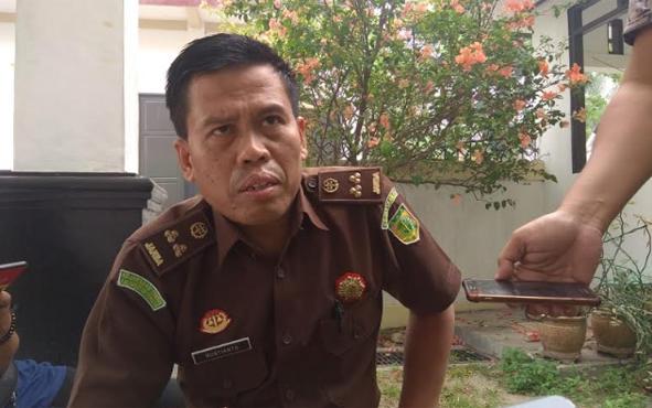 Kasipenkum Kejati Kalteng, Rustianto mengatakan, Kejaksaan Tinggi atau Kejati Kalimantan Tengah melalui TP4D mengawal proyek jalan bernilai triliunan rupiah.