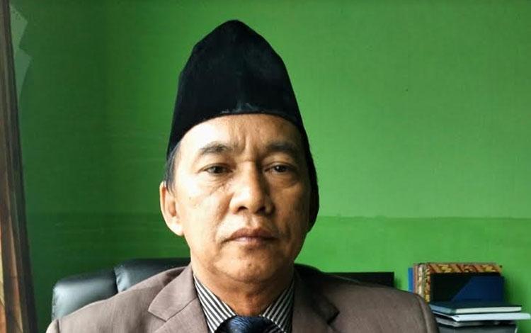 Kepala Disnakertrans Kabupaten Pulang Pisau, Farisco J.S Ibat mengingatkan perusahaan prioritaskan t