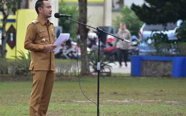 Wali Kota Palangka Raya, Fairid Naparin. Wali Kota mengajak swasta untuk investasi dibidang pariwisata