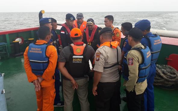 Proses pencarian 3 nelayan yang hilang tidak menunjukan adanya perkembangan. Sejauh ini hasilnya masih nihil. Karenanya, Minggu, 13 Oktober 2019, proses pencarian di laut resmi dihentikan.
