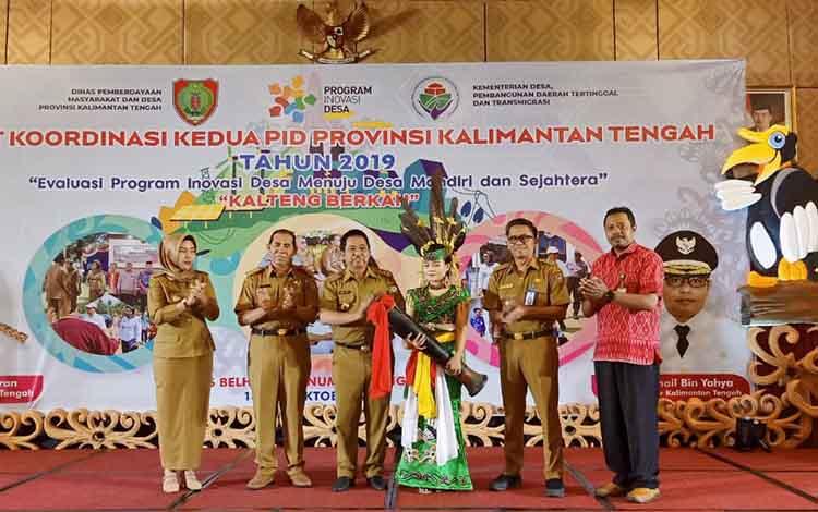 Rapat Koordinasi Kedua Program Inovasi Desa atau PID yang digelar Dinas Pemberdayaan Masyarakat dan Desa atau DPMDes Kalteng diharapkan mampu mendorong pembangunan di Kalteng.