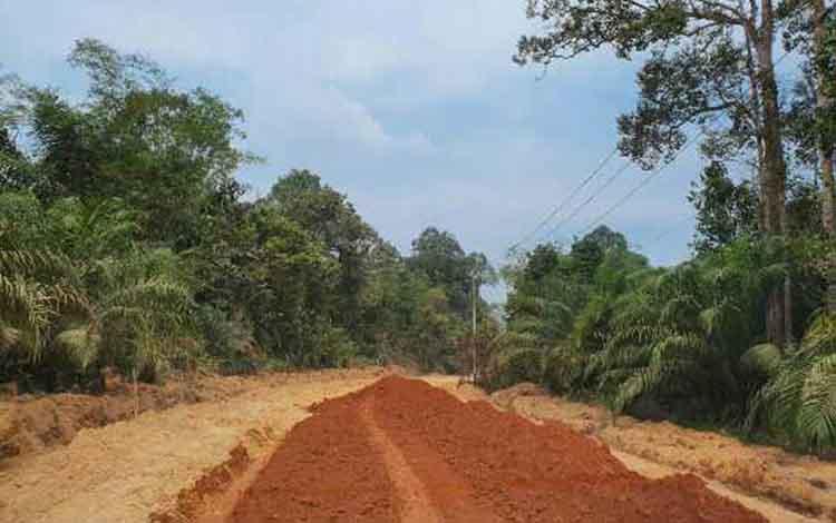 Kondisi infrastruktur di pelosok Kabupaten Kotim. Fraksi Gerindra DPRD mengharapkan jajaran Pemkab Kotim menuntaskan program pembangunan