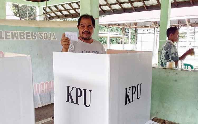 Pilkades di Desa Tewah Pupuh, Kecamatan Benua Lima. Berikut daftar pemenang pemilihan kepala desa (pilkades) serentak yang digelar di 5 kecamatan di Kabupaten Barito Timur.