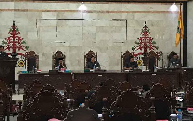 Anggota DPRD Kapuas Kanedi mengharapkan hasil reses jadi perhatian pemkab. Terutama dalam meningkatkan perekonomian warga.