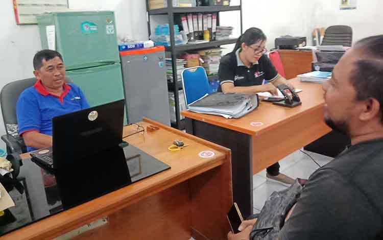 Kasi Pencegahan dan Pengendalian Penyakit Menular, Mukti Aliansyah saat menyampaikan jika Kabupaten Murung Raya saat ini berstatus siaga wabah diare, Jumat, 18 Oktober 2019