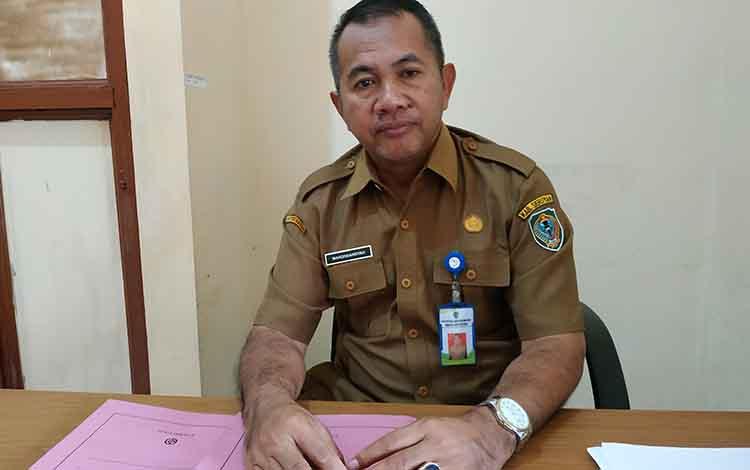 Kepala Dinas Kesehatan Kabupaten Seruyan Mahdiniansyah mengungkapkan, Seruyan masih kekurangan tenaga kesehatan khususnya dokter. Tercatat empat puskesmas tanpa tenaga dokter.