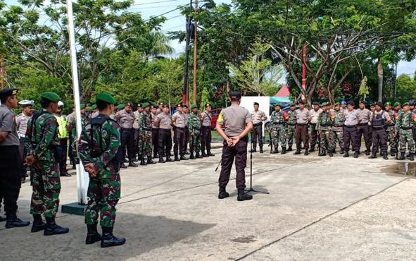 TNI dan Polri di Kabupaten Murung Raya (Mura) menggelar apel gabungan dalam rangka memastikan kondusivitas situasi jelang pelantikan Presiden dan Wakil Presiden RI, Sabtu, 19 Oktober 2019.