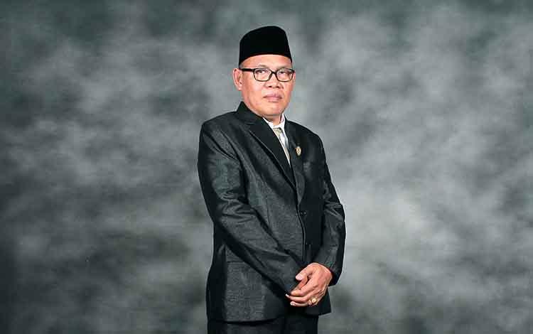 Argiansyah Anggota DPRD Seruyan. Politisi PDIP ini mengharapkan Pemkab Seruyan segera menyediakan fasilitas bermain untuk anak-anak