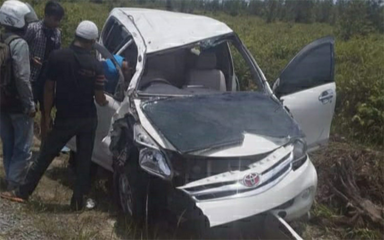 Persitiwa itu terjadi di jalan lintas Palangka Raya - Buntok tepatnya wilayah Dusun Mare, Desa Lawang Kajang, Kecamatan Timpah, Kabupaten Kapuas, Senin siang 21 Oktober 2019. Akibat kejadian warga Timpah dikabarkan tewas