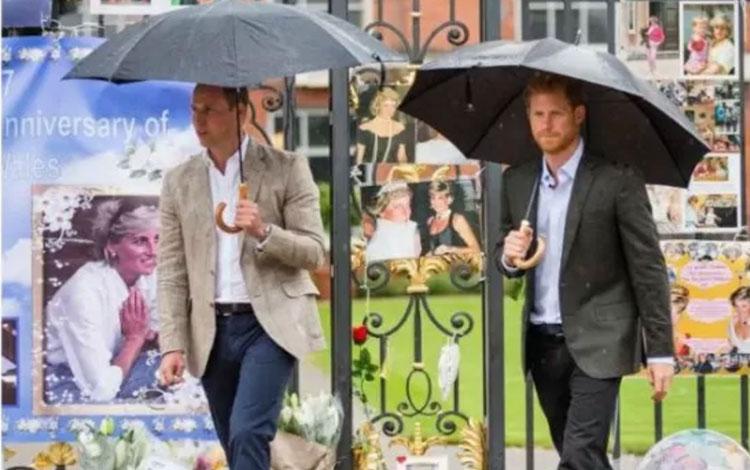 Pangeran William dan Pangerah Harry (REUTERS)
