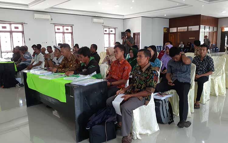 District Coordinator Pamsimas Kabupaten Sukamara, Rindawati menjelaskan, fungsi dari Kelompok Pengelola Sistem Air Minum (KPSAM) untuk mengorganisasi pelestarian sumber daya air.