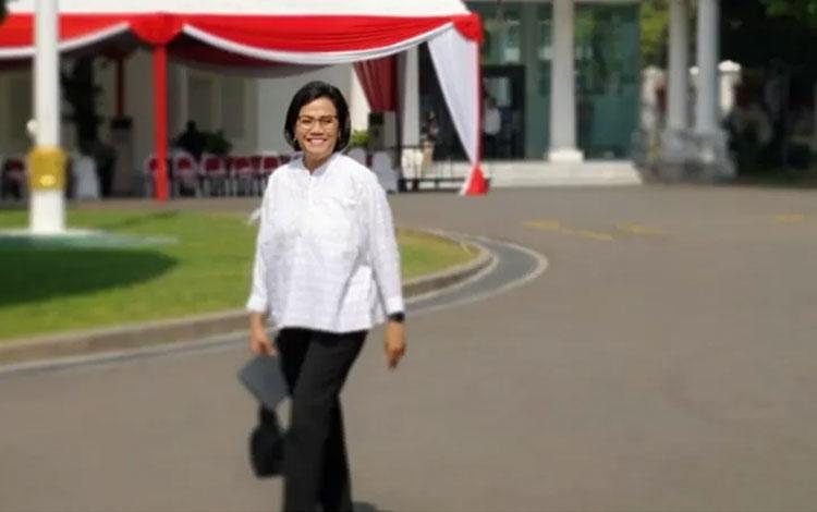 Menkeu Kabinet Kerja Sri Mulyani Indrawati tiba di Istana Kepresidenan Jakarta, Selasa (22/10/2019)
