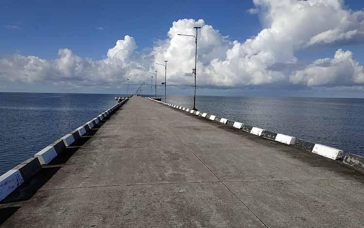 Pemkab Seruyan optimisoperasionalnya Pelabuhan Teluk Segintung akan memberikan angin segar bagi peningkatan sumber pendapatan bagi daerah,khususnya dalam peningkatan PAD.