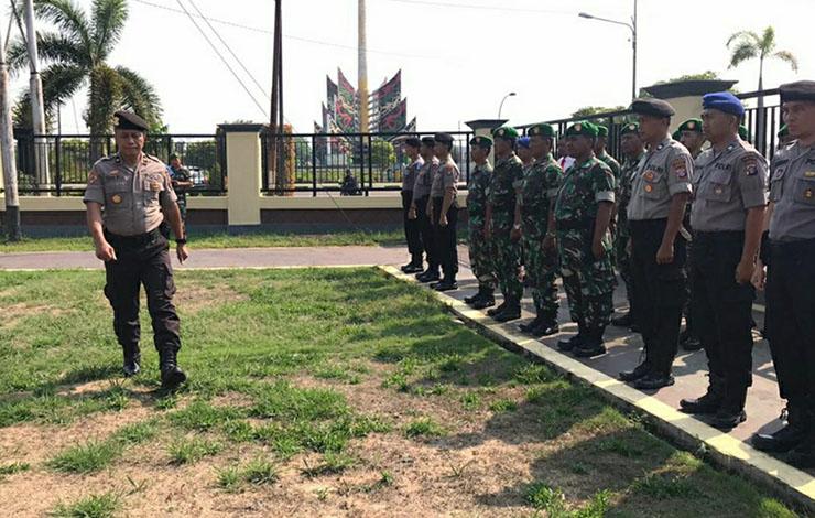 Suasana saat apel gelar pasukan operasi zebra telabang. Kasatlantas Polres Kapuas AKP Abdul Wakid mengatakan operasi itu untuk minimalisir pelanggaran.