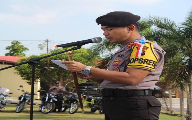 Kapolres Sukamara AKBP Sulistiyono mengimbau masyarakat agar tidak mudah percaya nomor baru yang mengatasnamakan pejabat kepolisian untuk melakukan penipuan