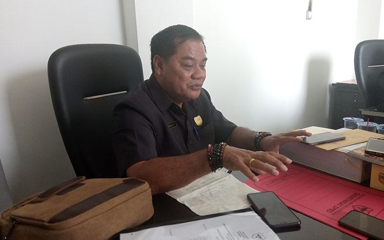 Anggota DPRD Gunung Mas- Untung J Bangas.